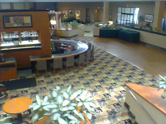 Hotel Bar Lobby Picture Of Holiday Inn Philadelphia South Swedesboro Tripadvisor