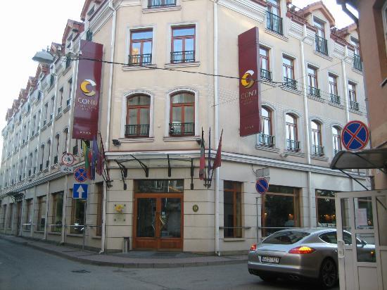 Conti Hotel: Outside