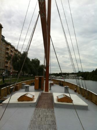 هوتل إم/إس مونيكا: pont avant 
