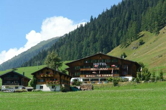 Photo of Hotel Restaurant Walliser Sonne Reckingen