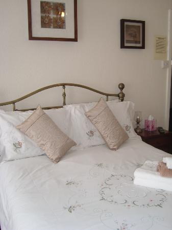 St Michael's Guest House: Double En Suite