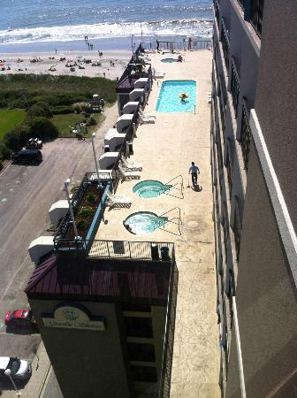 Grande Shores Ocean Resort: love the deck pools and hot tubs!