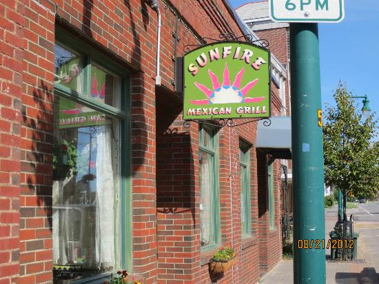 Sunfire Mexican Grill: Sign