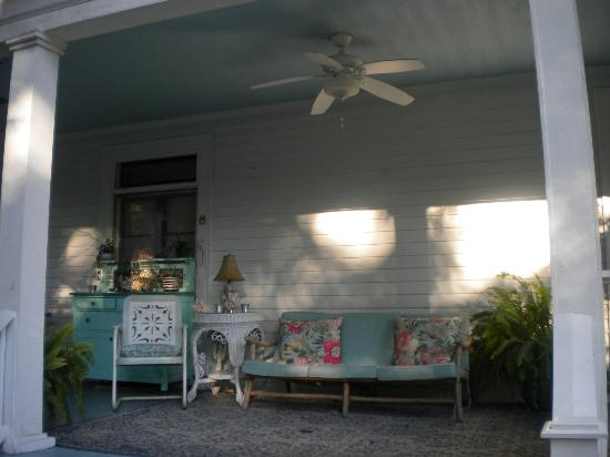 Hampton Terrace Bed and Breakfast Inn: A lovely porch for reading, snacking or a glass of wine