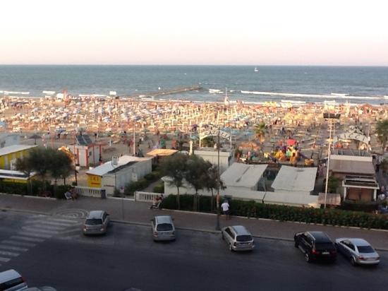 Hotel Executive La Fiorita: Camera Vista Mare sul Bagno Ricci..... :-) .....