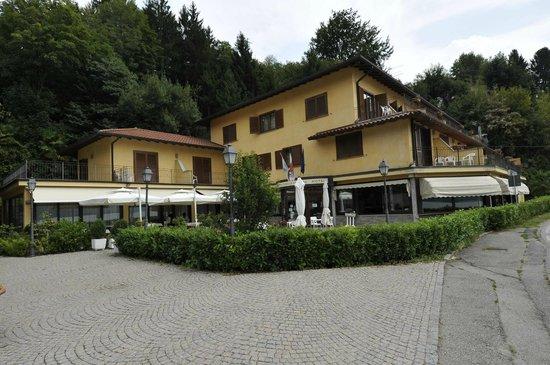 Pettenasco, İtalya: Ristorante www.lamuccaargentina.it