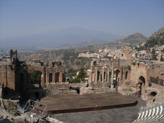 Hotel Ariston: Etna from Greek Theatre