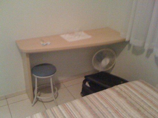Hotel Sauipe: Mesa do quarto
