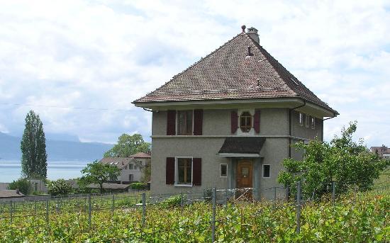 Chambres d'hotes Murielle et Henri Voruz: Voruz Guest House