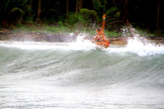 Sapibenega The Kuna Lodge: Surfing en Sapibenega
