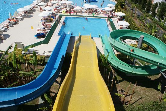 Miracle Resort Hotel: pool