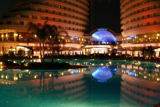Miracle Resort Hotel : pool