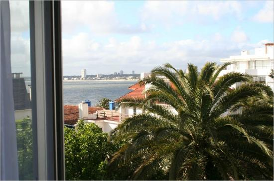 Hotel Castilla: Vista da janela do quarto.