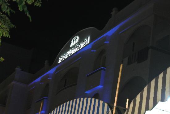 Hotel Continental: facciata2