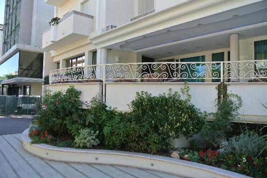 Hotel Continental: facciata3