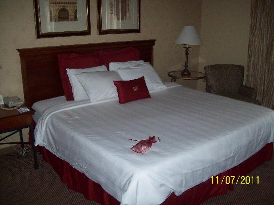 Crowne Plaza Houston Downtown: 12th floor suite