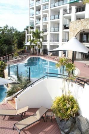 Blue Horizon Resort Apartments: pool deck