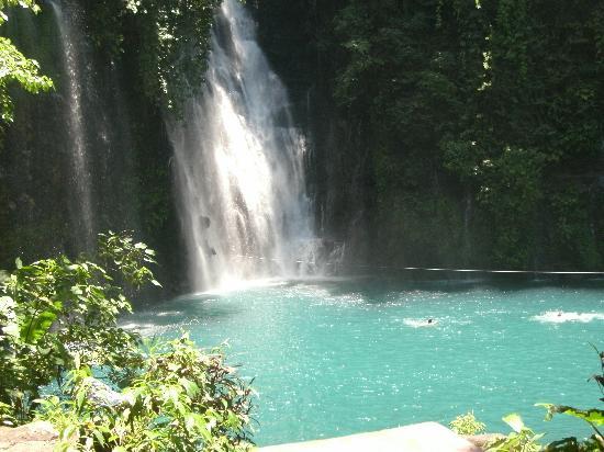 Iligan, Filipiny: love love love