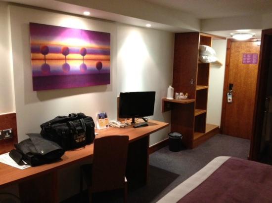 Premier Inn Chelmsford (Boreham) Hotel: Bedroom