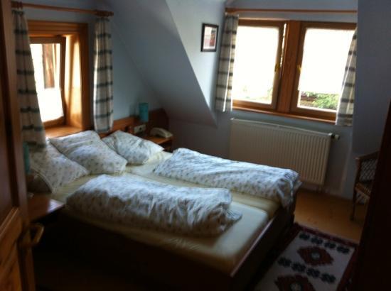 Hotel-Gasthof-Schiff: Zimmer 3
