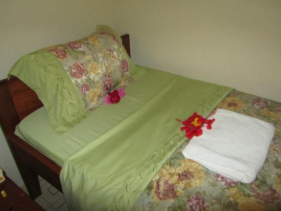 Furaha Resort: Bed
