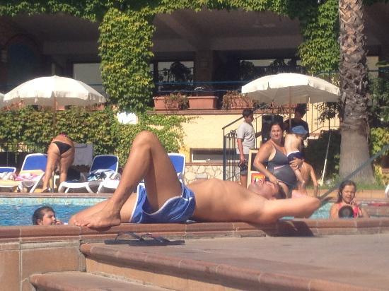 Hotel Caesar Palace: relax a bordo piscina