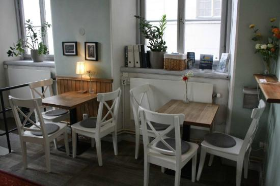2kronor Hostel - Vasastan: dining zone