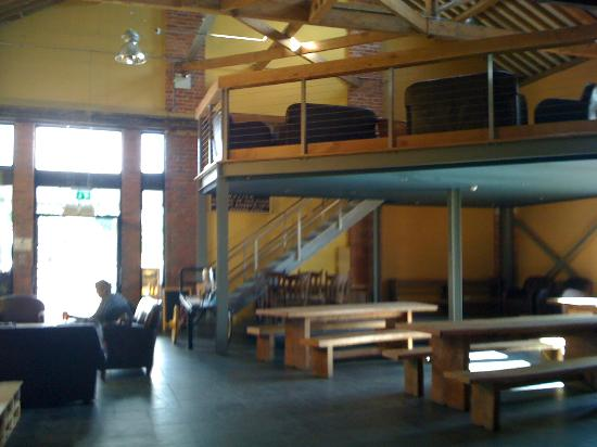 Ludlow Brewing Company: Seating area