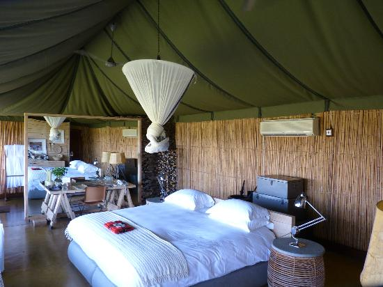 Singita Faru Faru Lodge: Our room