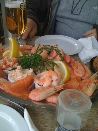 The Fish House Shop: Seafood platter