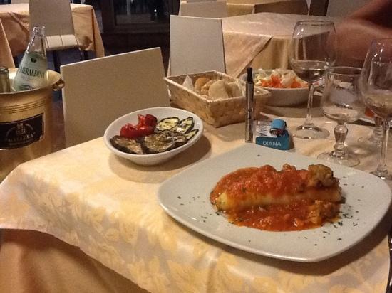 Ristorante Pizzeria Vera Napoli: vizi & stravizi