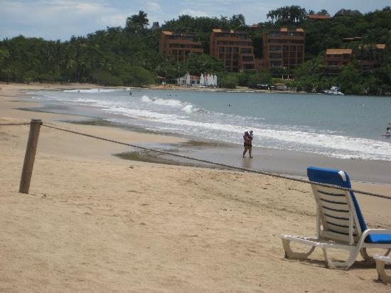 Club Med Ixtapa Pacific: great beach!