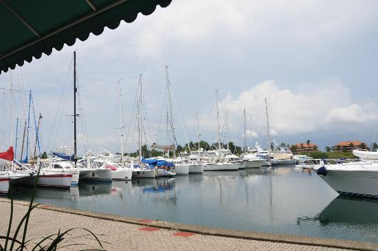 Marina Hotel at Shelter Bay: shelter bay