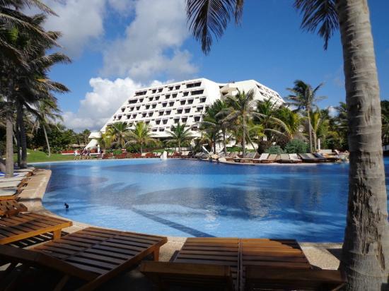Hotel E Piscina Picture Of Grand Oasis Cancun Cancun