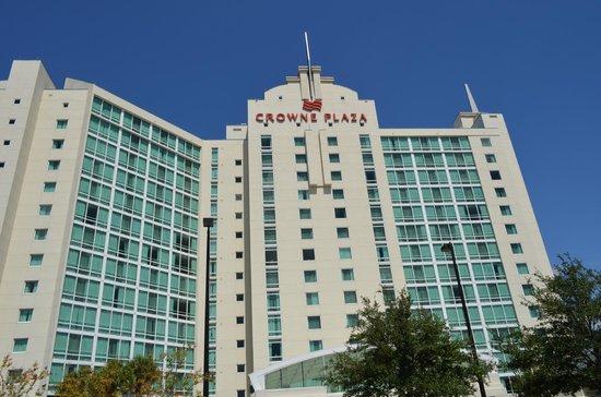 Crowne Plaza Orlando - Universal Blvd: estacionamento