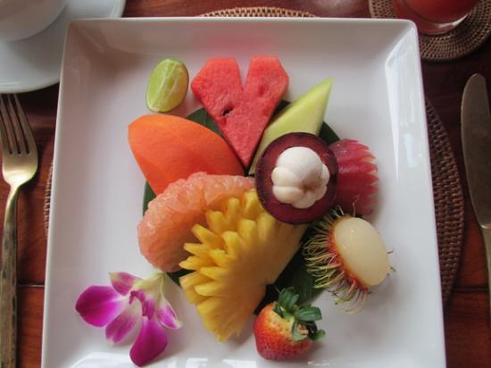 Amanpuri: Breakfast fruit