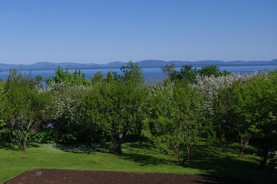 La Halte du Verger:                   view from Yves' deck over garden and St Lawrence River