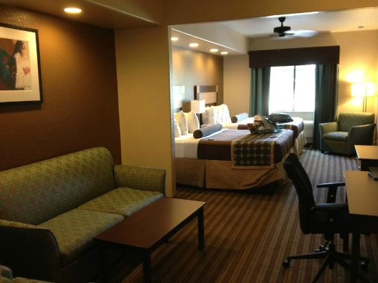 Best Western Plus Palo Alto Inn & Suites: Lots of room