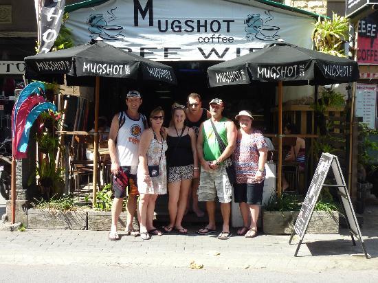 Mugshot Coffee : Aussies Outside MugShots