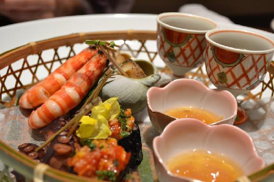 Yusen Shidate: 季節の前菜 どれも美味