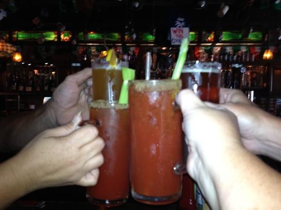 Butch Mc Guires Tavern : best way to start our weekend getaway!!