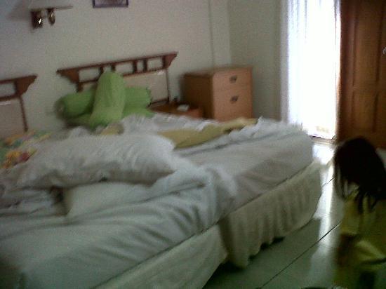 Taman Rosani Hotel & Villa: Room