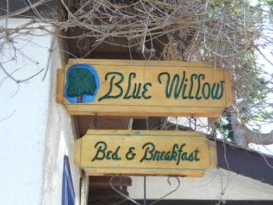 Blue Willow Guest House: Blue Willow Signage