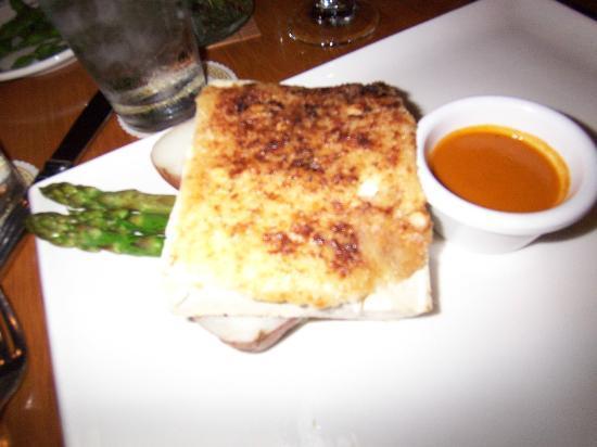 Roy's Restaurant: Tofu Mush.  No love for Vegans