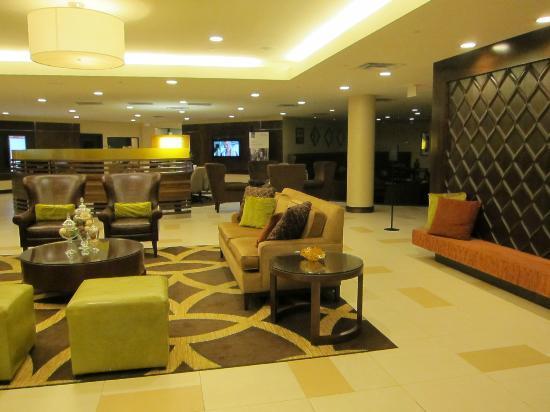 Sheraton Ann Arbor Hotel: lobby