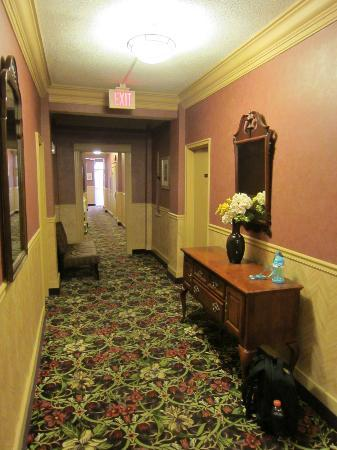 District Hotel Washington: Ground floor corridor