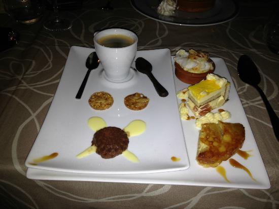 Auberge Relais du Cheval Blanc: Cafe Des Gourmand