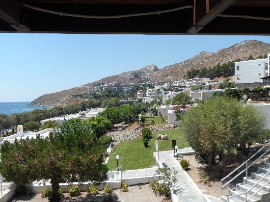 Dimitra Beach Hotel: vue de l'hôtel