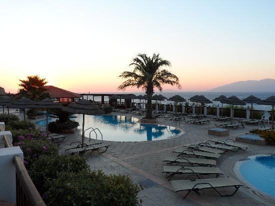 Dimitra Beach Resort Hotel: vue de notre chambre