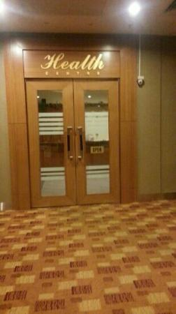 Cititel Penang: health centre with gym pool sauna and steambath, filled with cigarette smell once u step in, it'